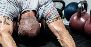 calentamiento muscular kettlebell pesas rusas