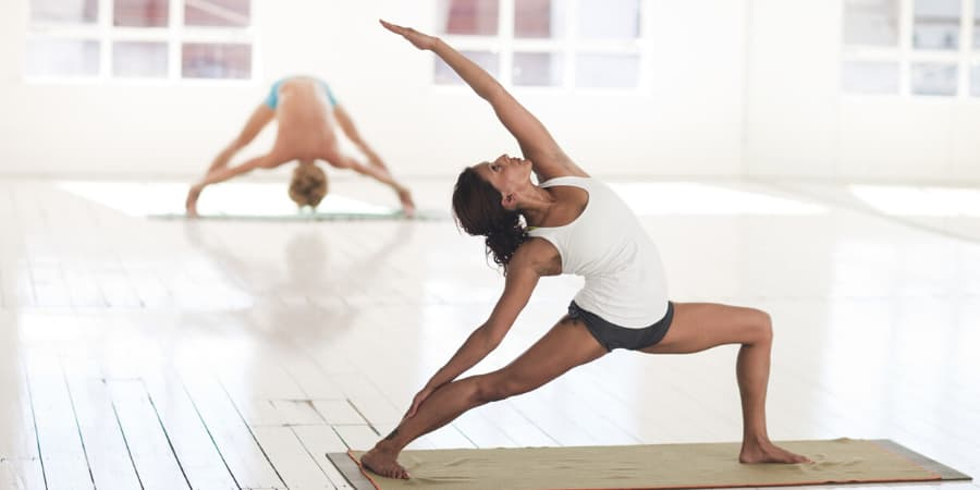 kettlebell pesa rusa yoga
