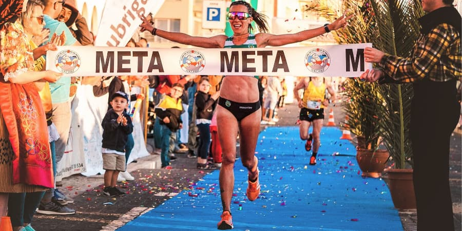 kettlebells pesas rusas runners corredores a pie